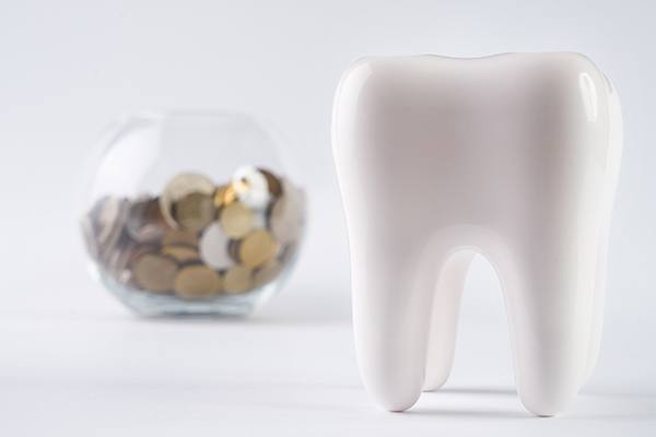 tooth and piggy bank